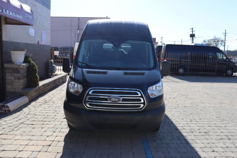 Ford Transit High Top 15 Passenger Front